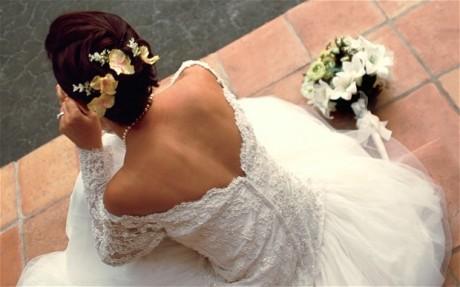 wedding_2100346b